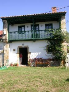05072010_GL_Laura Plaza_La casa en El Tejo Comillas Cantabria
